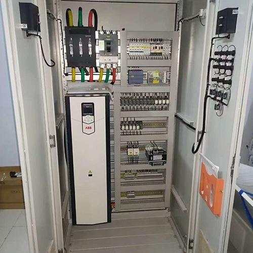 如何设计安装一台合格的内蒙古变频控制柜呢?