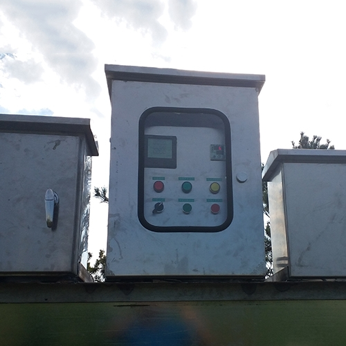 阿拉善户外防雨不锈钢控制柜(自带控温)